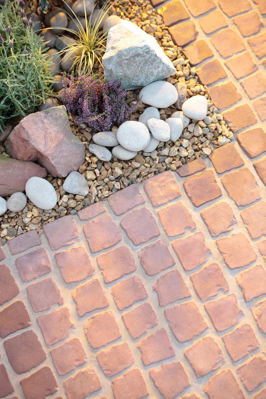 Bradstone Carpet Stones Cobble Rustic Red Individual