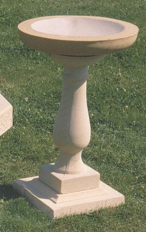 Spaldington Stone Bird Bath