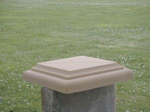 Stone Pillar Cap