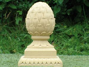 Medium Pineapple Stone Finial