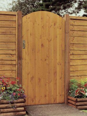 Grange - Side Entry Arch Gate