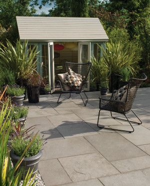 Bradstone - Riverwashed Limestone - Steel Grey - Patio Kit