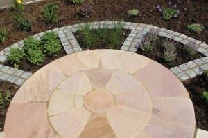 Global Stone - Sandstone Collection - Modak Rose - Circles
