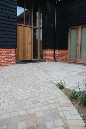 Global Stone - Driveway Setts - Mint - 100 x 100mm