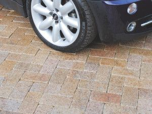 Global Stone - Polar Granite Driveway Cobbles Collection - Polar Sun - 200 x 100mm