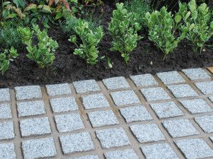Global Stone - Granite Setts - Silver Grey - 100 x 100mm