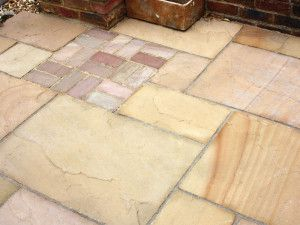 Global Stone - Sandstone Collection - Gold Leaf - Circles