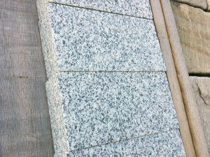 Sawn Granite Setts (Cobbles) - Light Grey