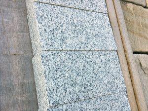 Sawn Granite Setts (Cobbles) - Light Grey