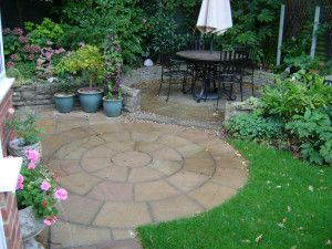 Indian Sandstone Paving - Raj Green - Circles