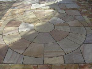 Indian Sandstone Paving - Rippon Buff - Circles