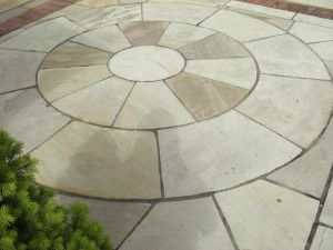 Indian Sandstone Paving - Mint Fossil - Circles