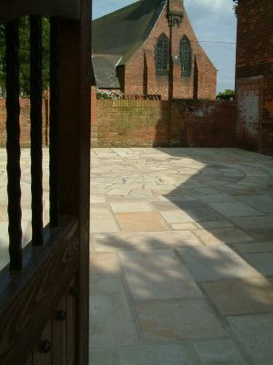 Indian Sandstone Paving - Mint Fossil - Patio Pack - Calibrated