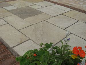 Indian Sandstone Paving - Mint Fossil - Patio Pack