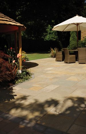 Bradstone - Natural Limestone Paving - Honeymede - Patio Kit