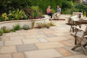 Marshalls - Fairstone Riven Harena Garden Paving - Sawn Edge - Golden Sand Multi - Project Pack