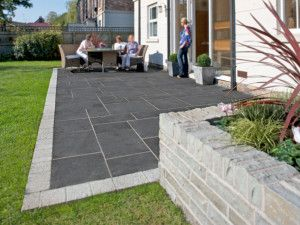 Marshalls - Fairstone Limestone Aluri Riven Garden Paving - Charcoal - Project Pack