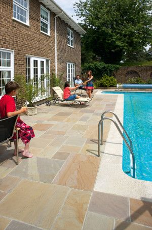 Marshalls - Fairstone Riven Harena Garden Paving - Autumn Bronze Multi - Project Pack