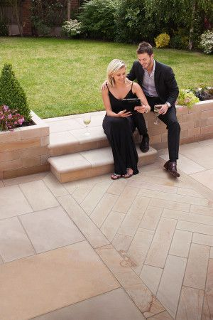 Marshalls - Fairstone Sawn Versuro Linear Garden Paving - Autumn Bronze - 845 x 140mm