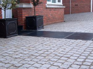 Natural Paving - Cragstone - Granite Setts - Silver Grey - 100 x 100mm