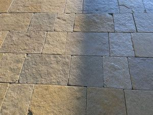 Indian Limestone Setts - Sawn and Tumbled Sandur Yellow - Mixed Project Pack - Calibrated 50mm Block Paving
