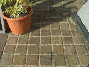 Bradstone - Natural Sandstone Paving - Sunset Buff - 100 x 100mm Setts
