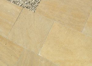 Stonemarket - Namera Limestone Paving - Pyramis Gold - Step Tread