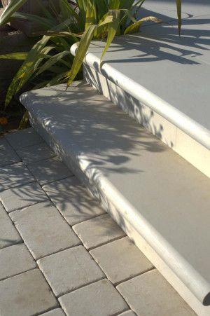 Strata Stones - Bull Nosed Steps - Rimini