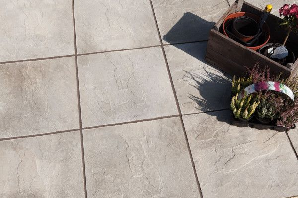Bradstone - Peak Riven Paving - Grey - Single Sizes