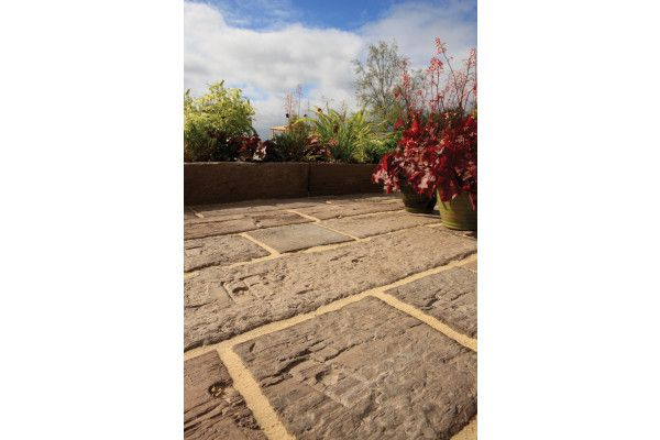 Bradstone - Stonewood - Log Sleepers - Antique Brown - Single Sizes (Individual Slabs)