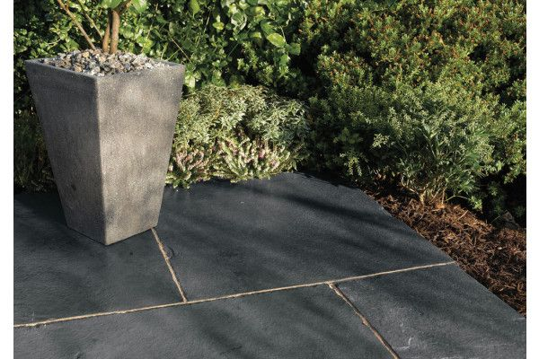 Bradstone - Natural Limestone Paving - Blue Black - Patio Kit