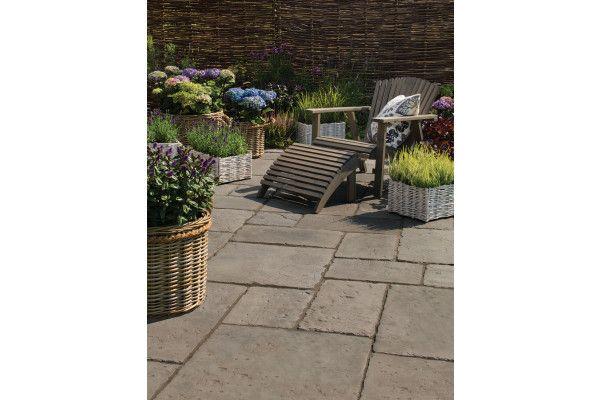 bradstone old town paving dark grey patio pack best. Black Bedroom Furniture Sets. Home Design Ideas