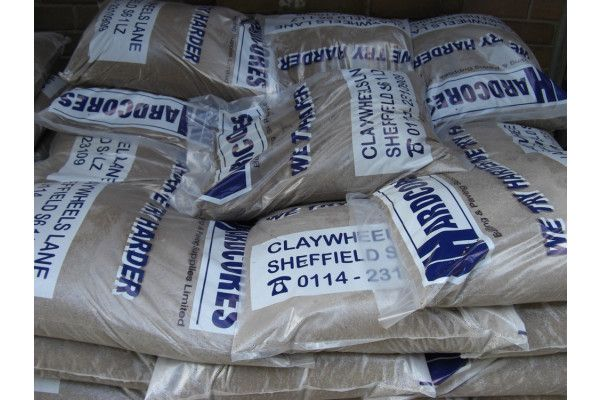 Grit Sand (Sharp Sand) - Carry Bags and Bulk Bags