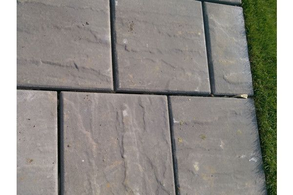 Cemex - Dovedale Riven Paving - Slate (Charcoal) - 450 x 450mm - Individual