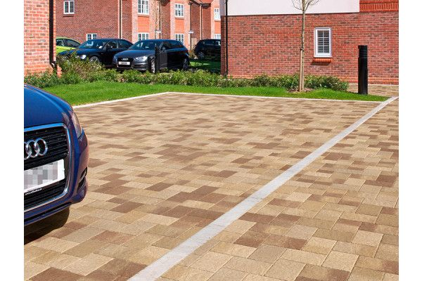 Marshalls - Concrete Driveway Block Paving - Drivesett Coppice - Oak Blend