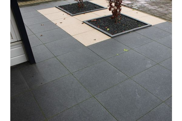 Global Stone - Petrous Collection - Ceramic Paving - Anthracite - 600 x 600mm