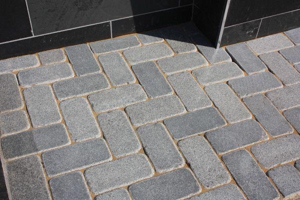 Global Stone - Polar Granite Driveway Cobbles Collection - Graphite Grey - 200 x 100mm - Individual