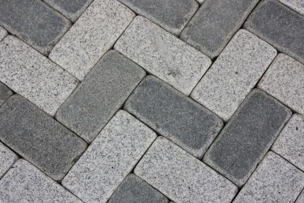 Global Stone - Polar Granite Driveway Cobbles Collection - Silver Grey - 200 x 100mm - Individual