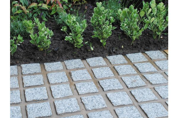 Global Stone - Granite Setts - Silver Grey - 100 x 100mm