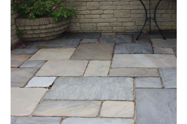Global Stone - Old Rectory - Monsoon Black - Circles