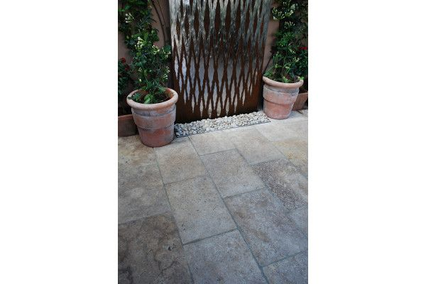 Global Stone - Travertine Collection - Antiqued Warm Walnut Paving - Project Pack