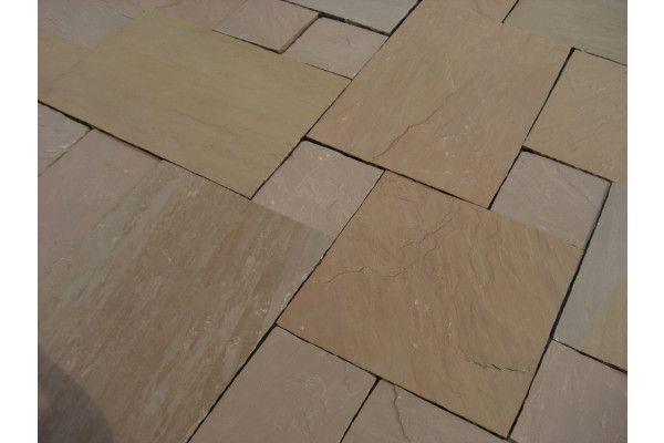 Indian Sandstone Paving - Autumn Brown - Circles