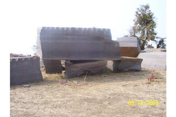 Indian Sandstone Paving - Sagar Black Charcoal (Yorkstone Look) - Patio Pack