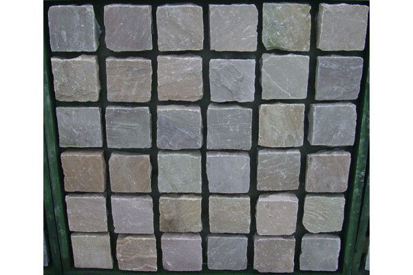 Indian Sandstone Cobbles (Setts) - Rippon Buff - 100 x 100mm - Individual