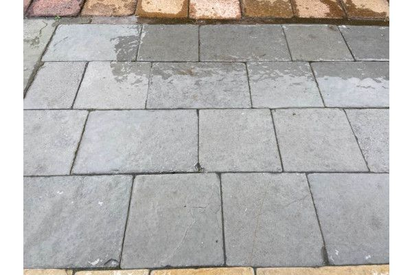 Indian Limestone Setts - Sawn and Tumbled Kota Grey - Mixed Project Pack - Calibrated 50mm Block Paving