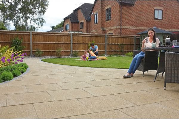 Marshalls Perfecta Paving Slabs 450 X 450mm Landscaping