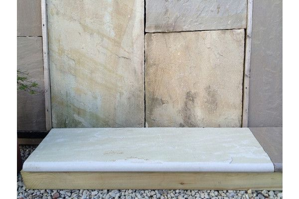 Indian Sandstone Bullnosed Steps and Corners - Riven Mint Fossil 3