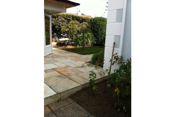 Indian Sandstone Paving - Mint Fossil 3