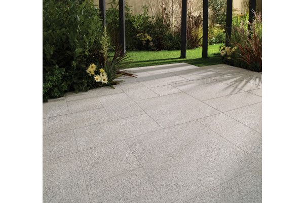 Bradstone - Natural Granite Paving - Silver Grey - Single Sizes