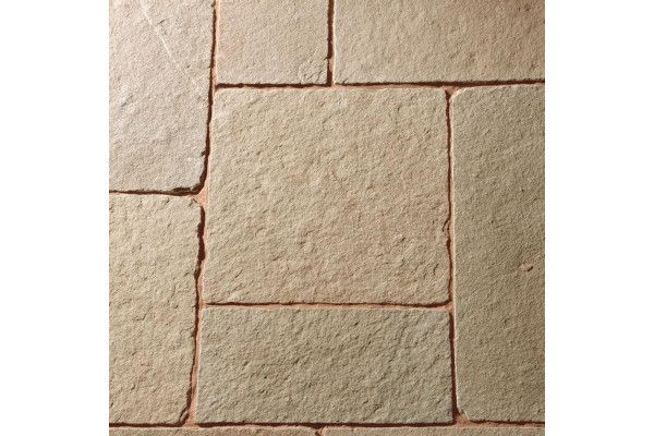 Natural Paving - Cragstone - Weathered and Calibrated - Tuscan - Project Pack